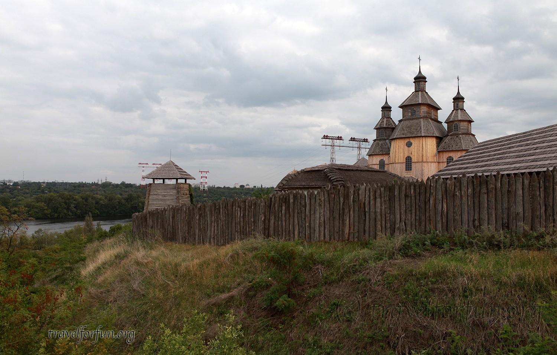 Запорожская сечь на острове Хортица