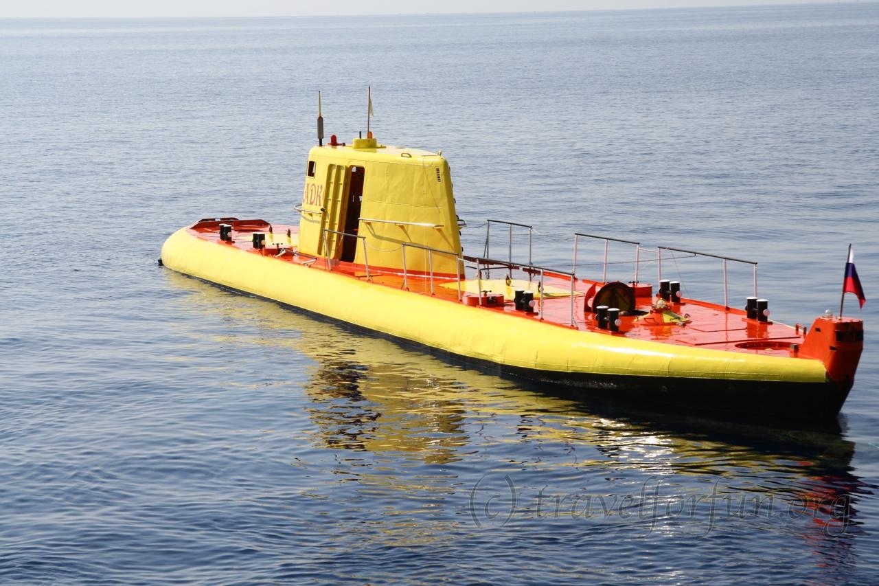"Submarine ""Sadko"", Larnaca"