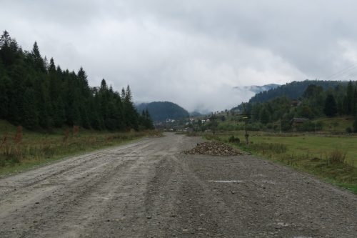 Road from Kamenka village