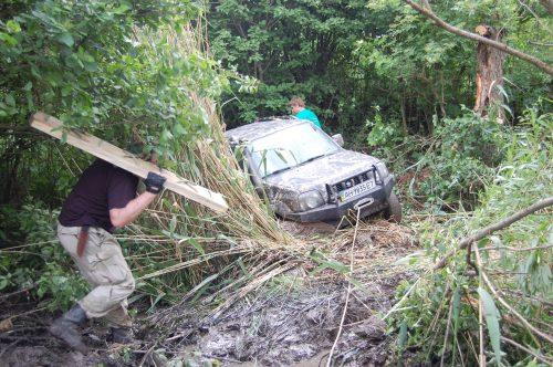 Сузуки джимни в болоте