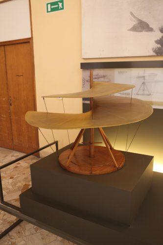 Модель вертолета да Винчи