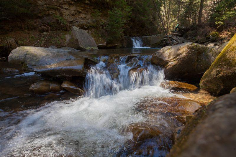 Водопад Девичьи слезы в Яремче
