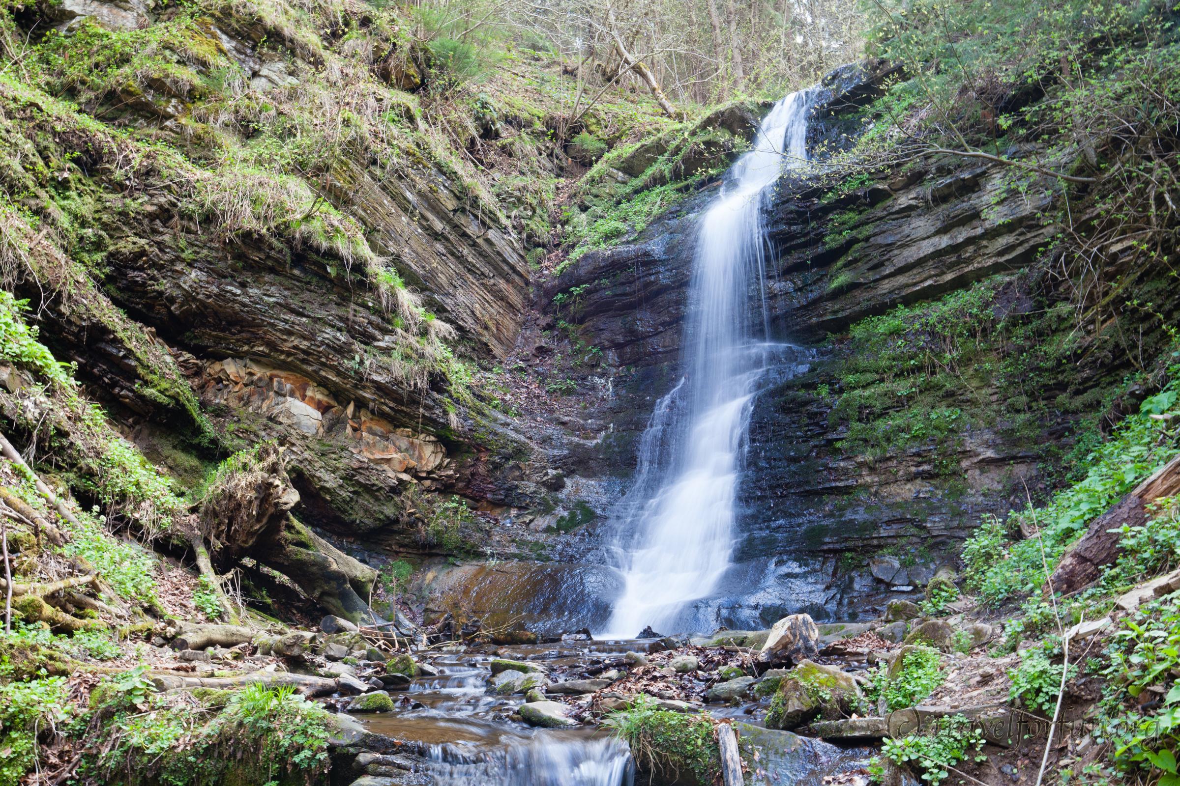 Водоспад Лазний в Сколівських Бескидах