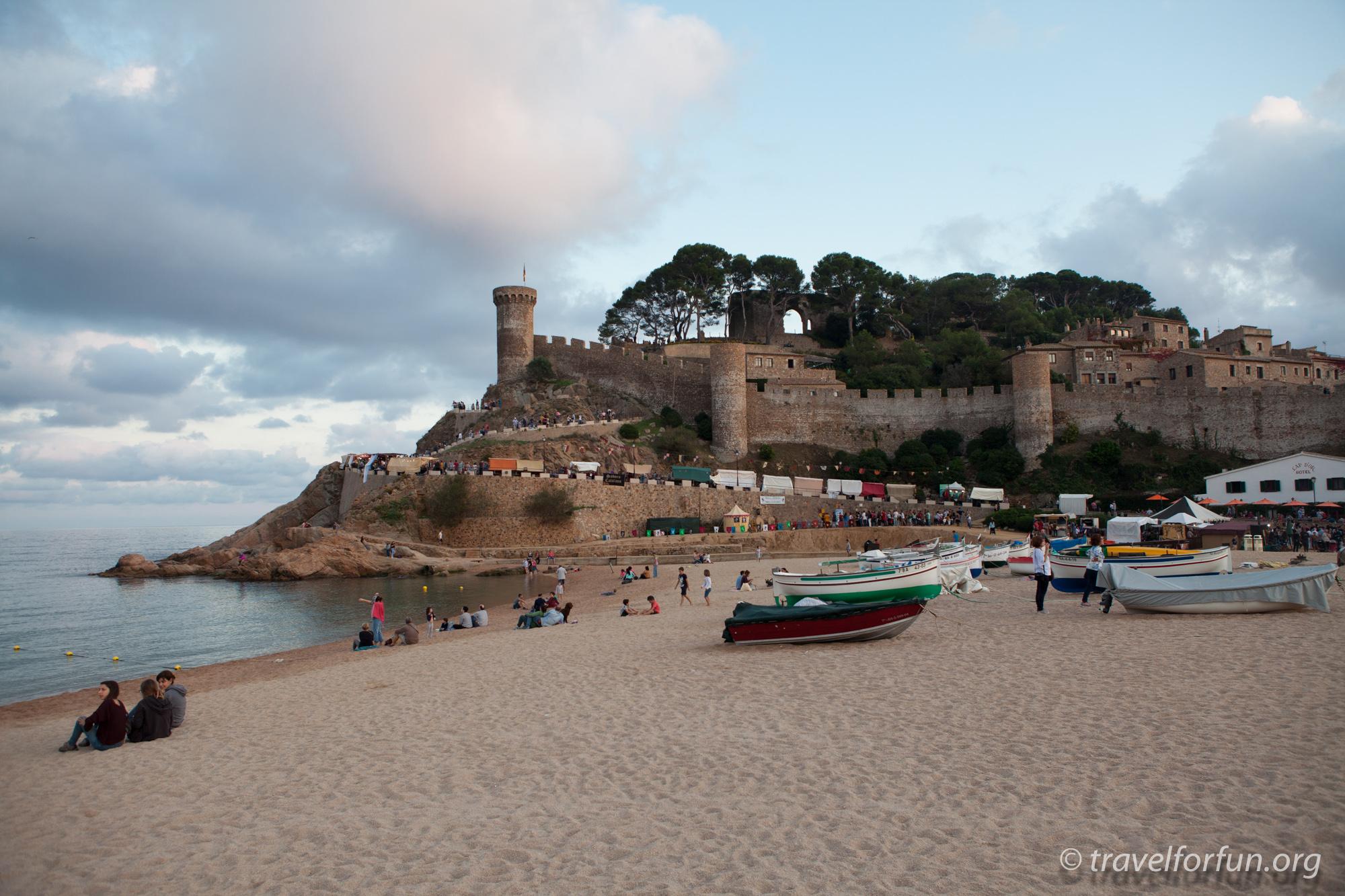 Тосса де Мар. Старый город, крепость, пляжи и средневековый фестиваль